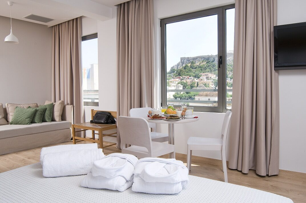 A For Athens Hotel: Room QUADRUPLE WITH VIEWS