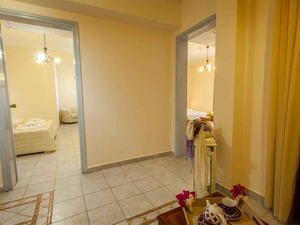 Tresor Sousouras : Family Suite 2_Bedroom
