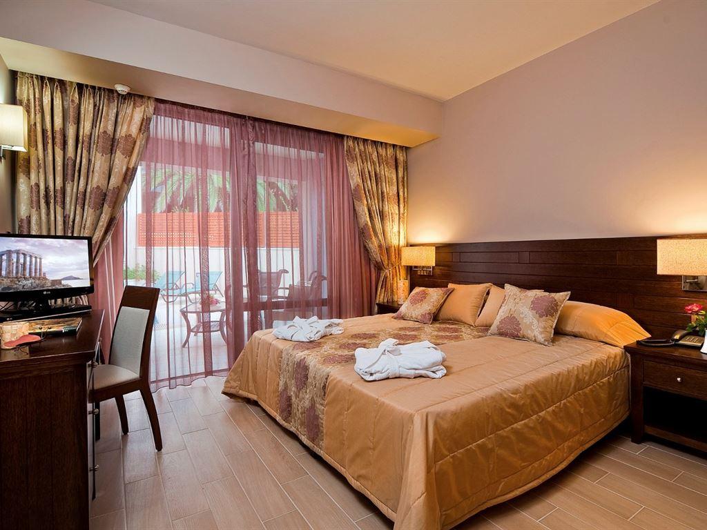 Porto Platanias Beach: Suite 2_Bedroom_PP_Jacuzzi