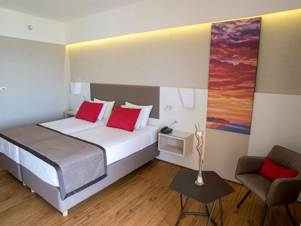 Ramada Plaza Thraki : Superior Room
