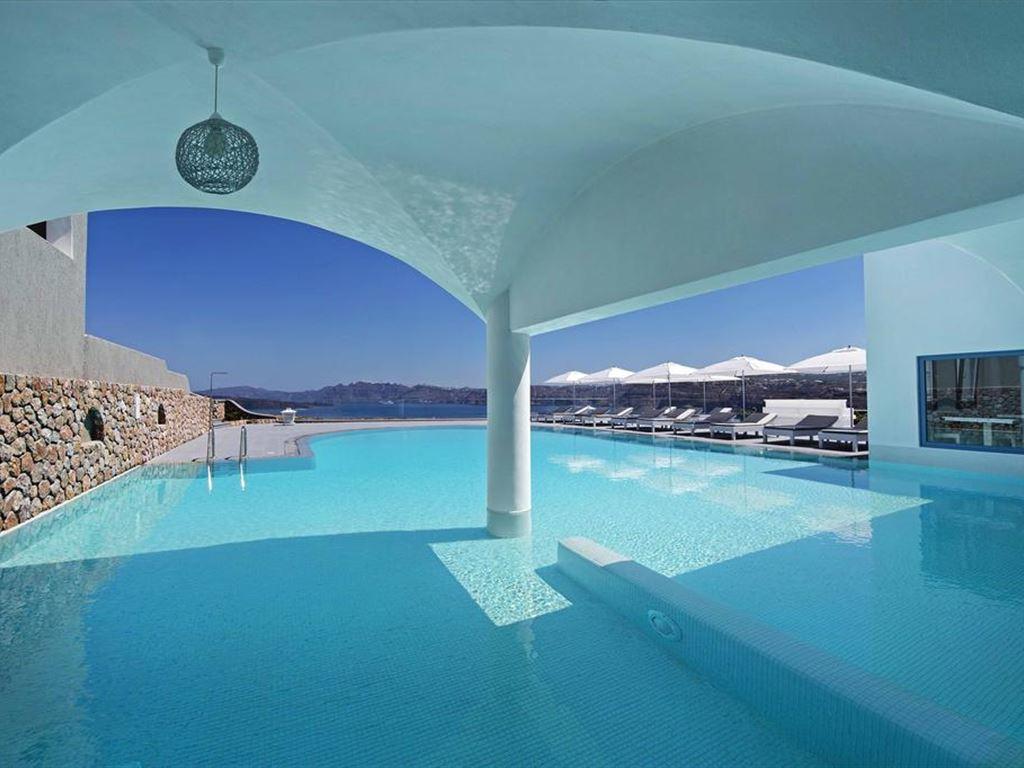 Acroterra Rosa Luxury Suite