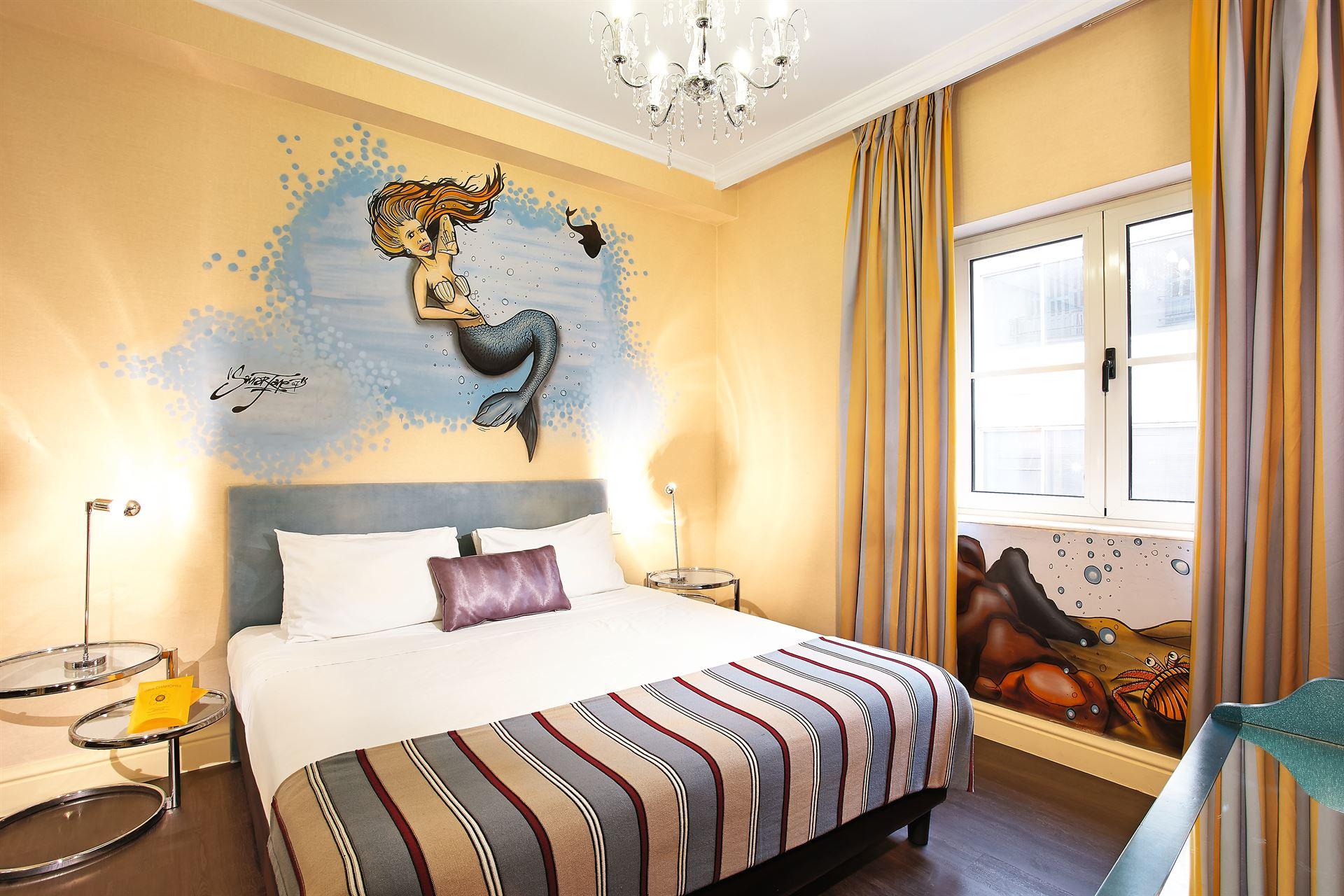 Pallas Athena Grecotel Luxury Boutique Hotel  : Family Graffiti Guestroom