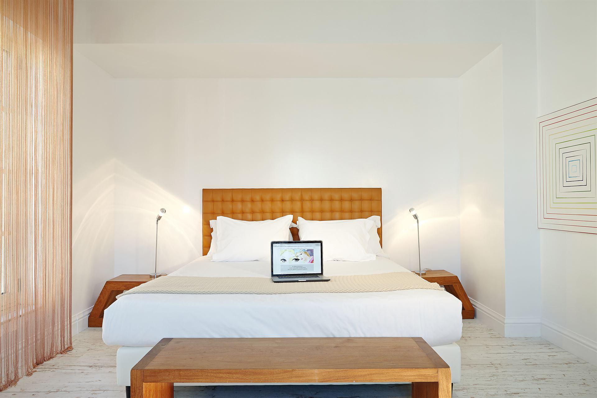 Pallas Athena Grecotel Luxury Boutique Hotel  : Pallas Guestroom