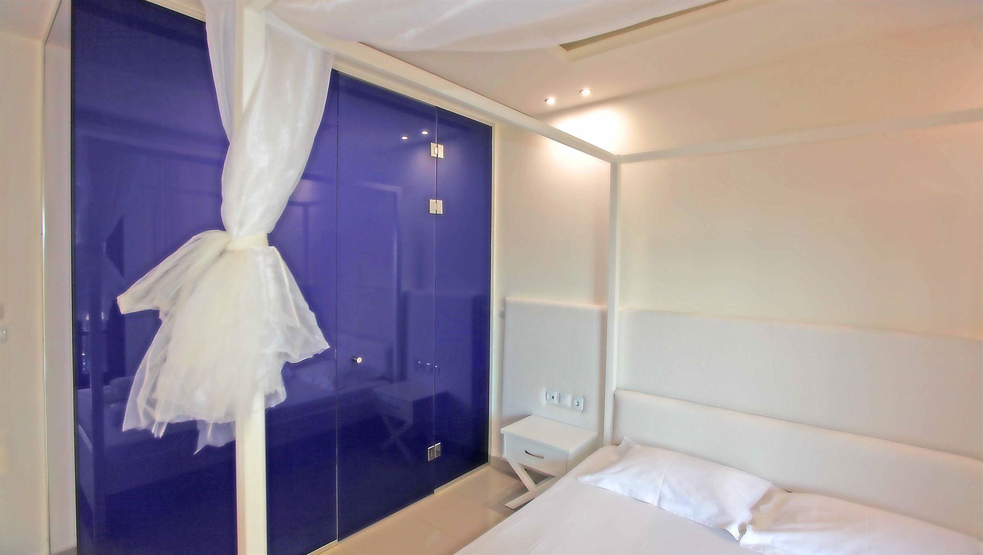 Macedon Hotel: Single