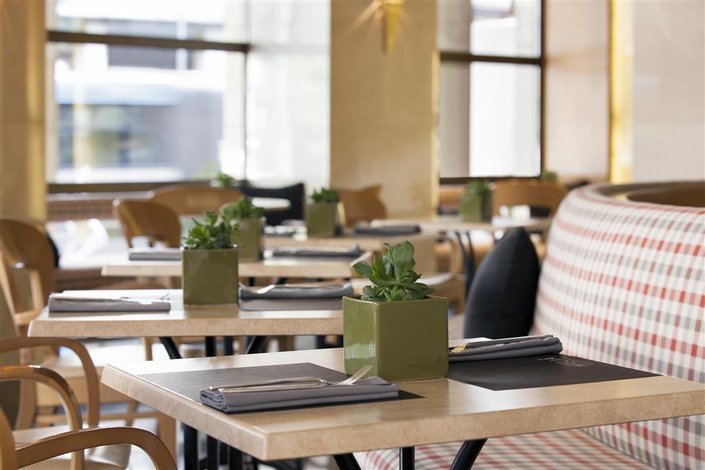 Melia Athens: Restaurant