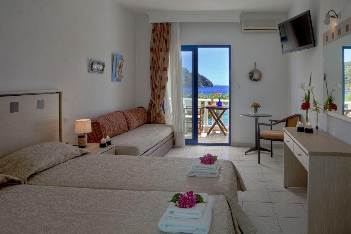 Porto Koufo Hotel: Triple