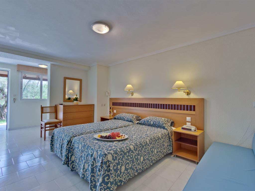 Mendi Hotel: Family Room