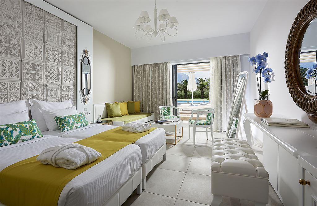 Mythos Palace Resort & Spa: Executive Double Sharing Pool