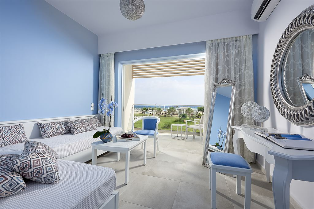 Mythos Palace Resort & Spa: Junior Suite SV Beach Front