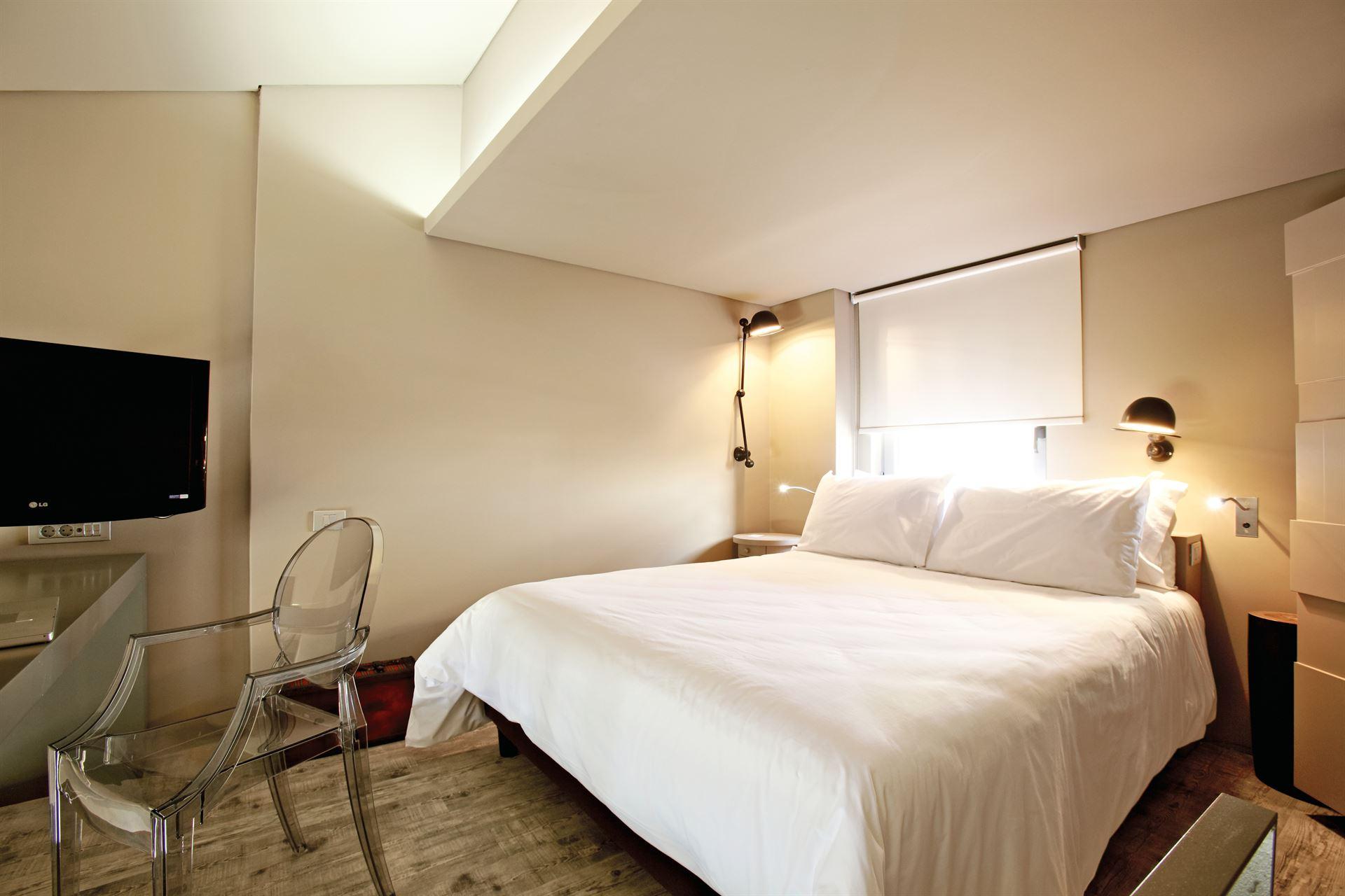 Grecotel Astir Alexandroupolis Hotel: Maisonette Master Bedroom