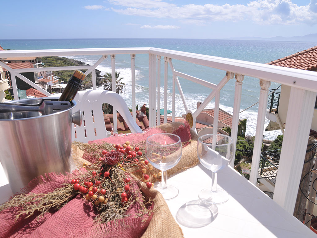 Brati 2 Beach Hotel