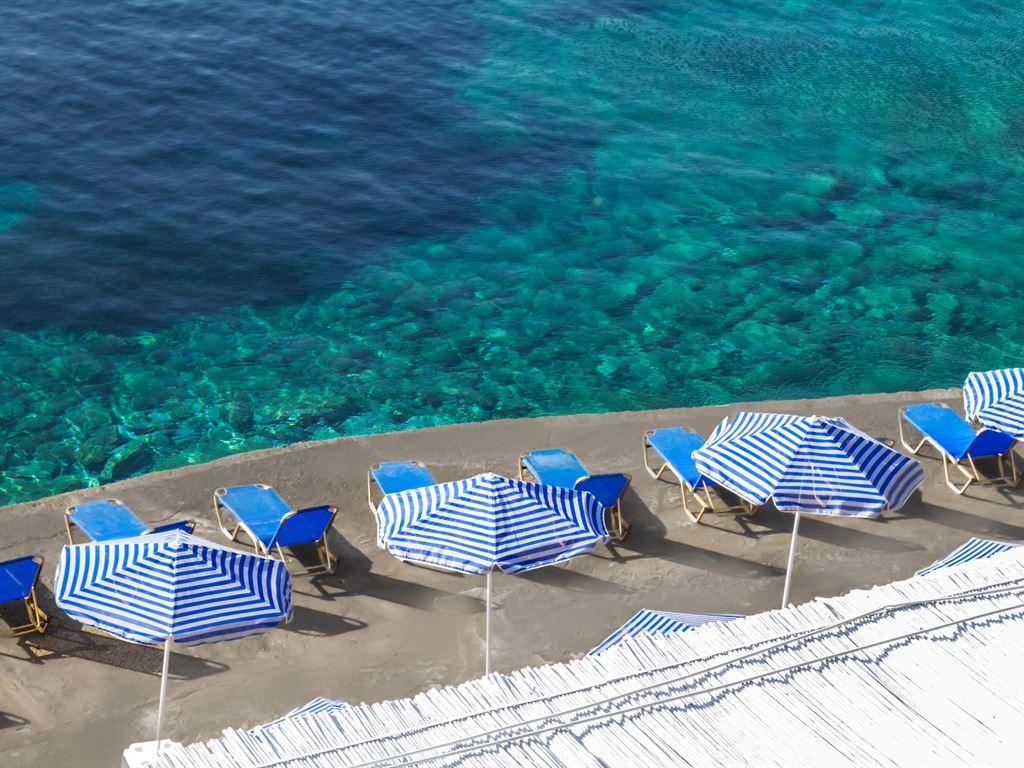 Peninsula Resort & Spa : Beach Bar Tsimento