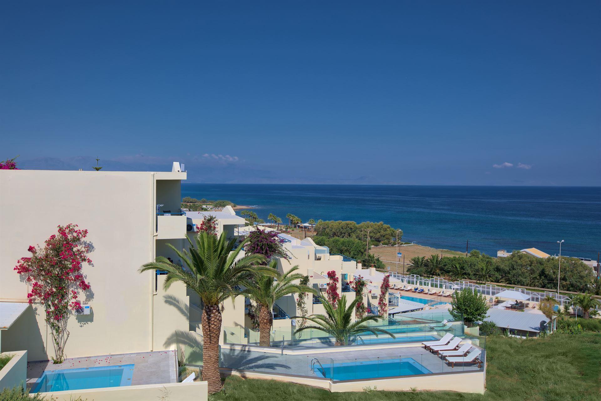 Bomo Rethymno Mare Royal & Water Park: Private Pools