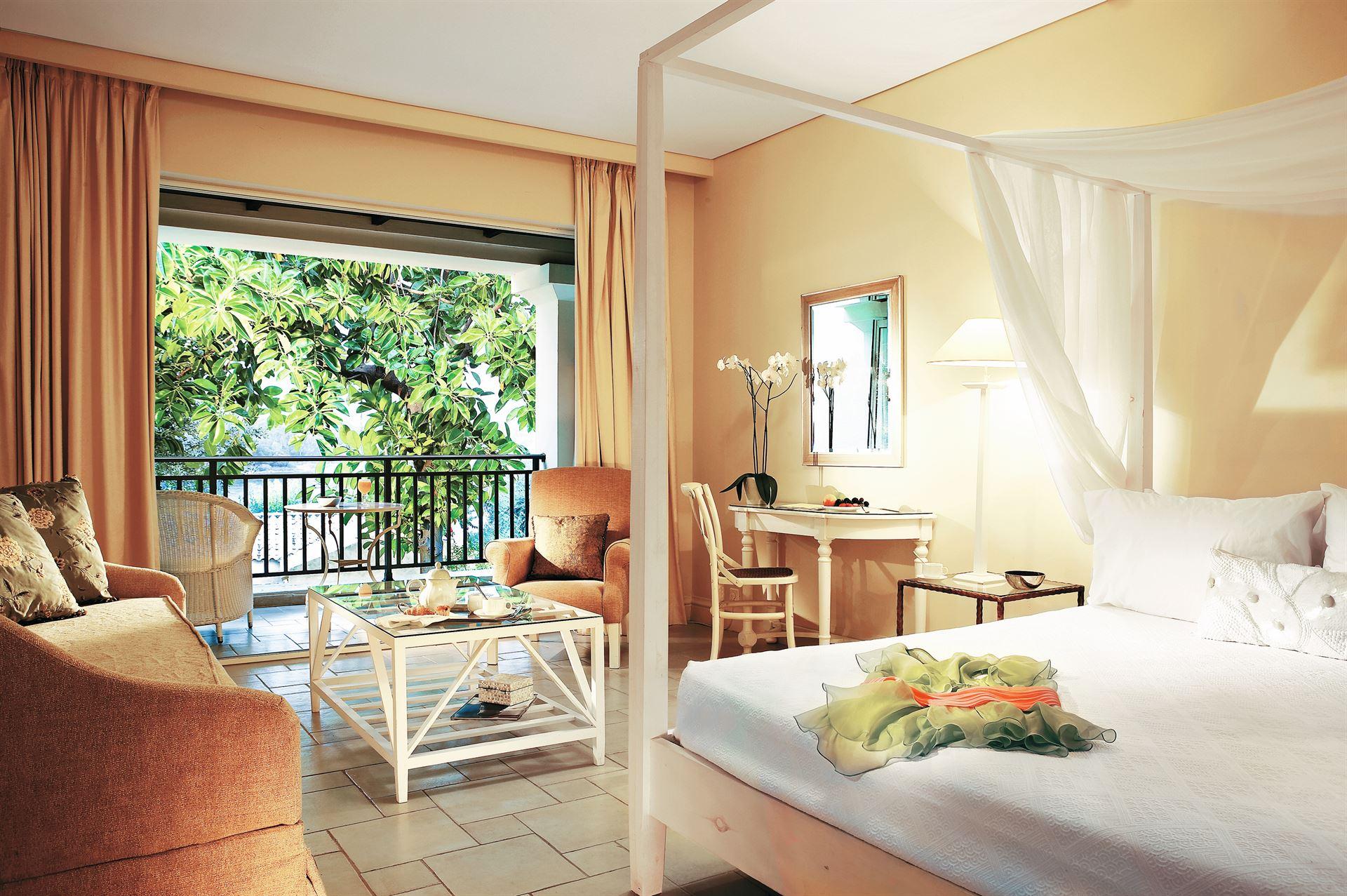 Grecotel Eva Palace: Junior Bungalow Suite