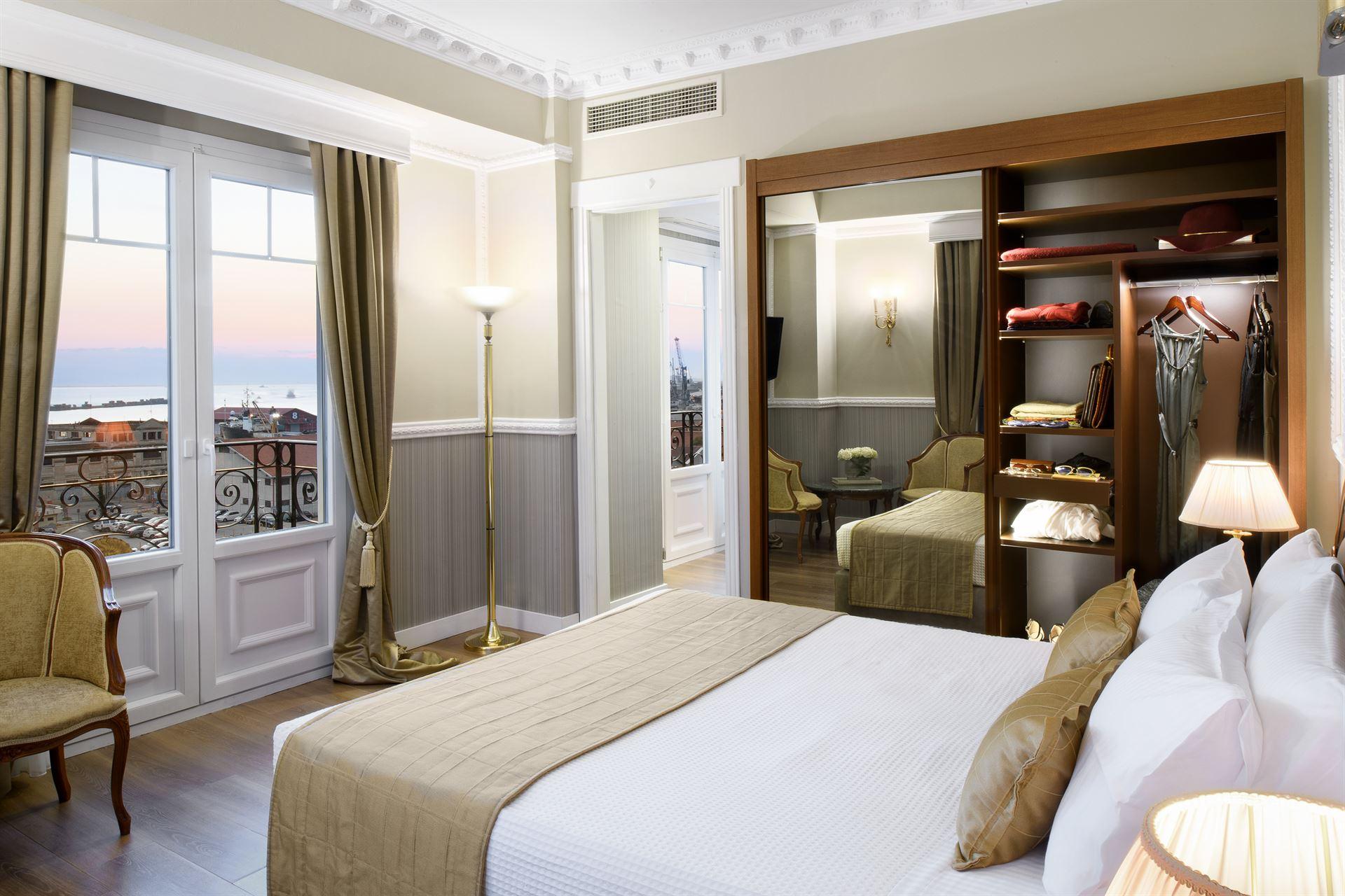 Mediterranean Palace Hotel: Junior Suite