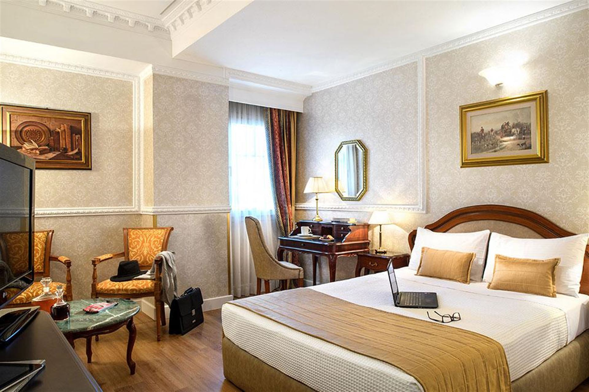 Mediterranean Palace Hotel: Single/Double Classical