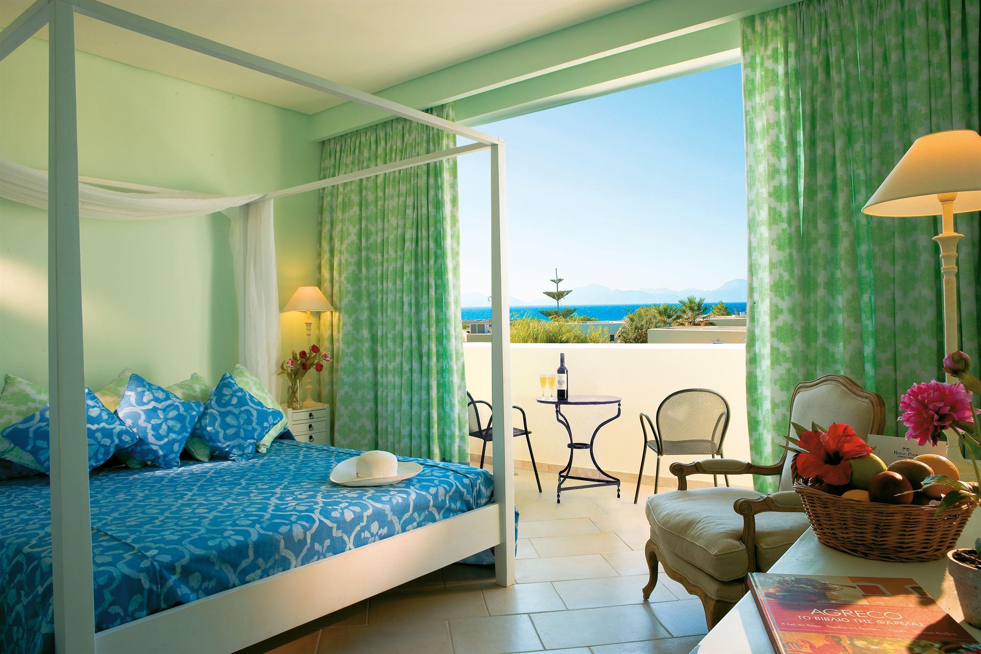 Grecotel Casa Paradiso: Family Room