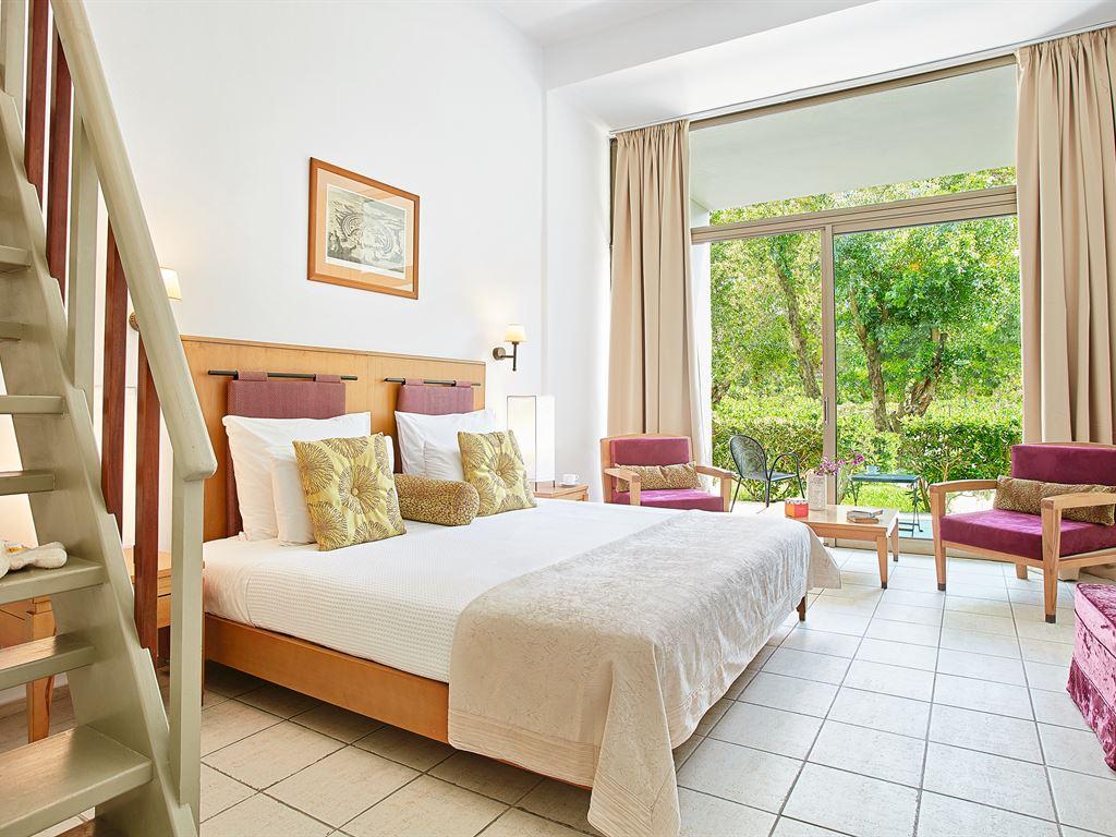 Grecotel LUX ME Dama Dama: Loft Family  Room with Garden