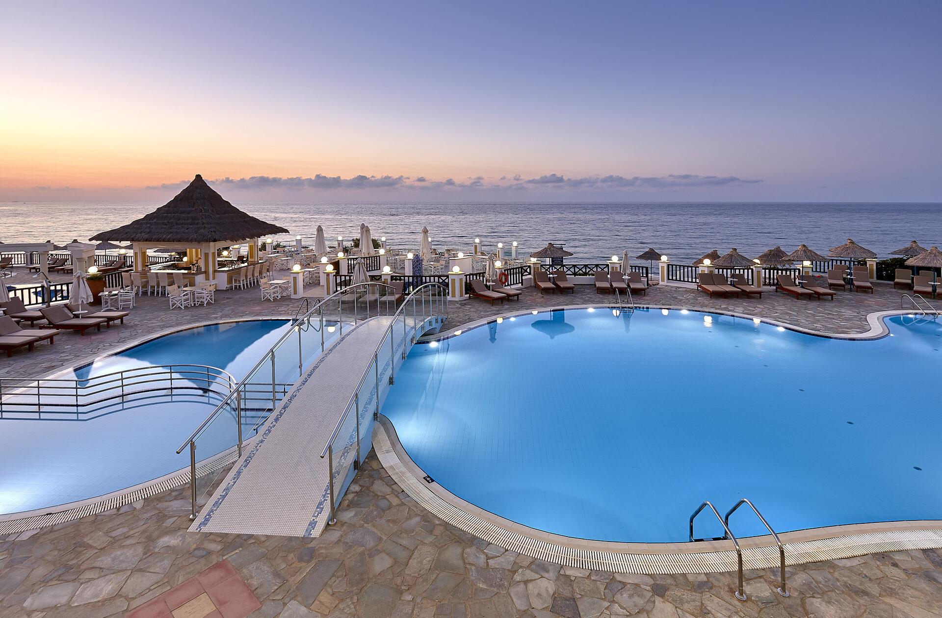 Alexander Beach Hotel & Village Resort