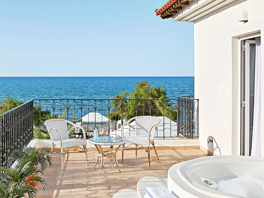 Caramel Grecotel Boutique Resort: 4 Bedroom Villa on the Beach