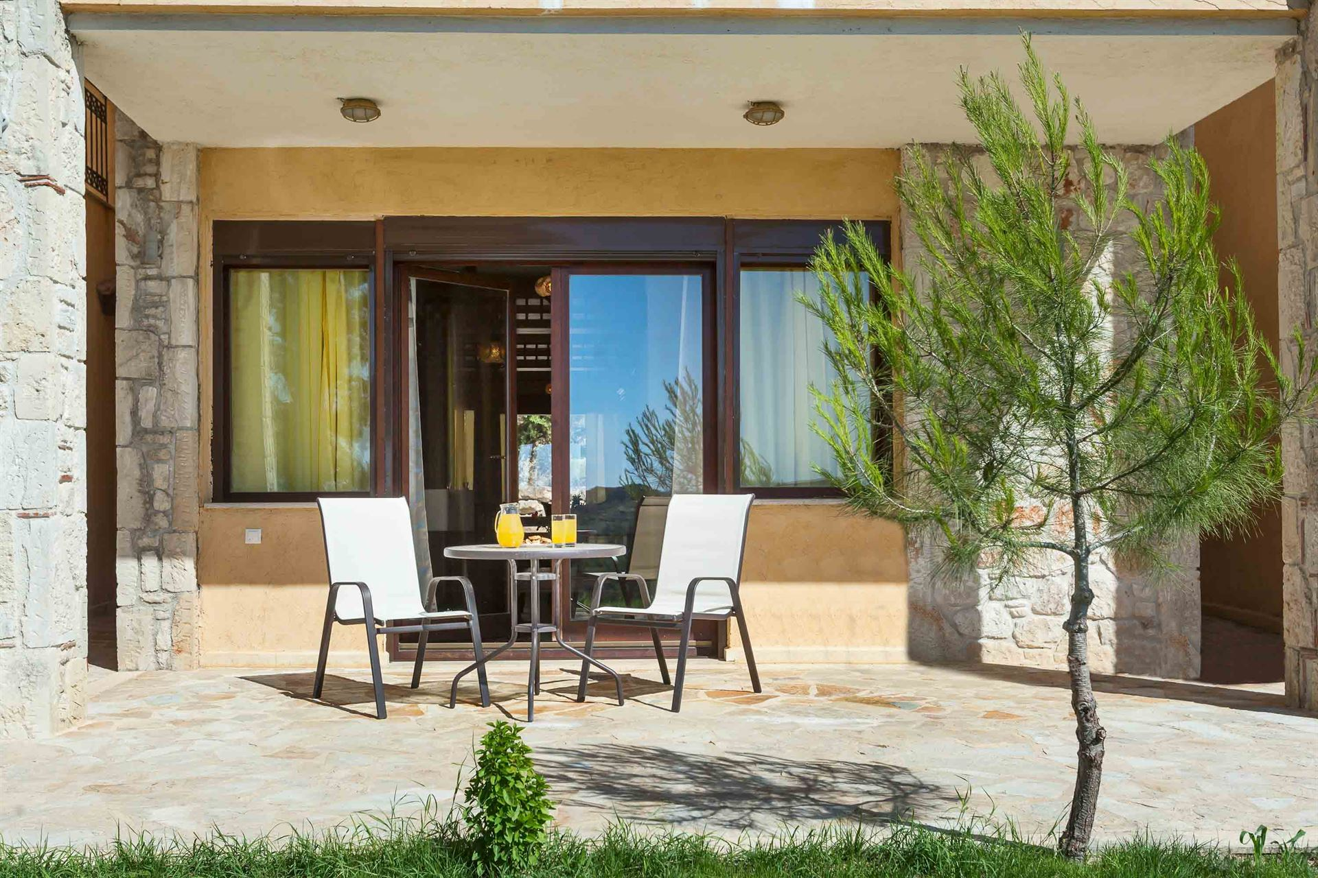 Ev Zin Village: PIgadi Suite