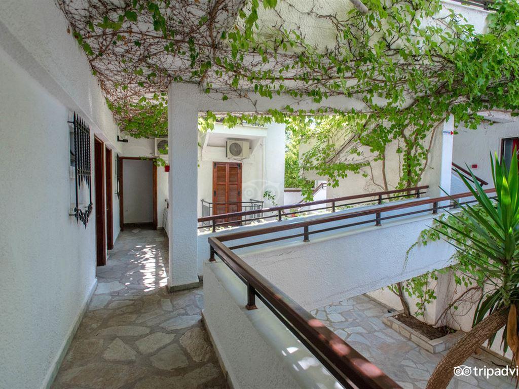 Golden Beach Hotel-Apartments