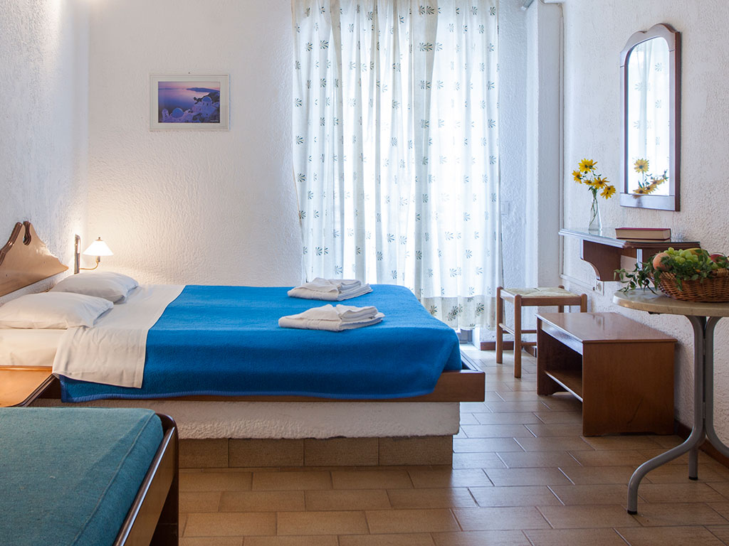 Golden Beach Hotel-Apartments: Double Room/Triple Room