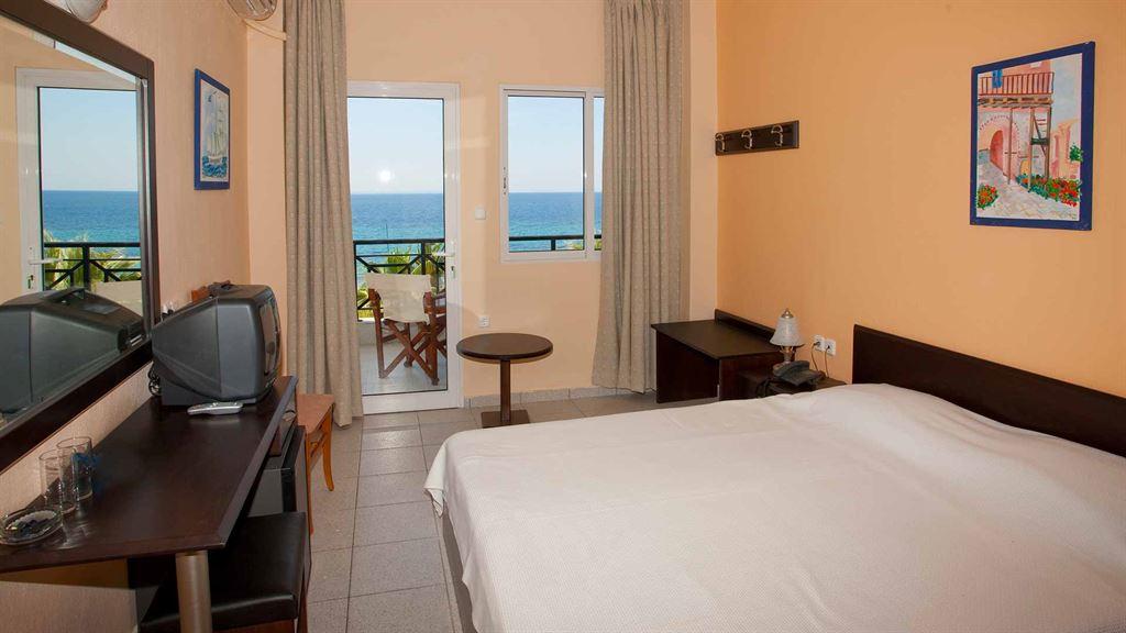 Acrotel Lily Ann Beach : Double Room