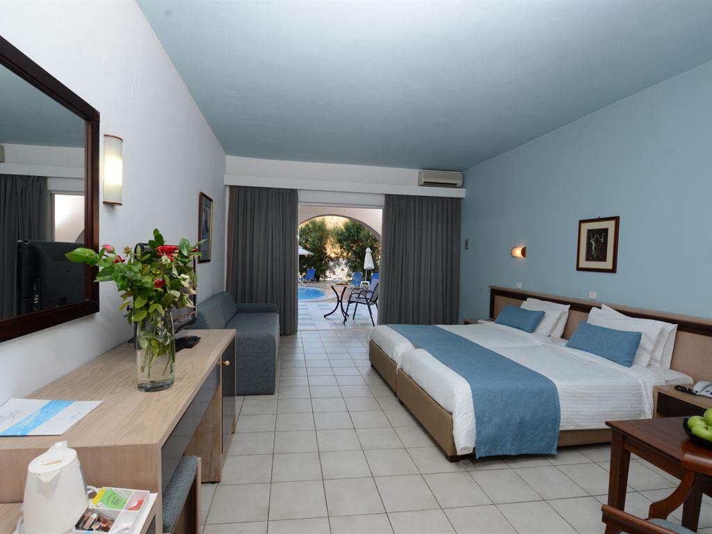 Fodele Beach & Water Park Holiday Resort: Superior Room