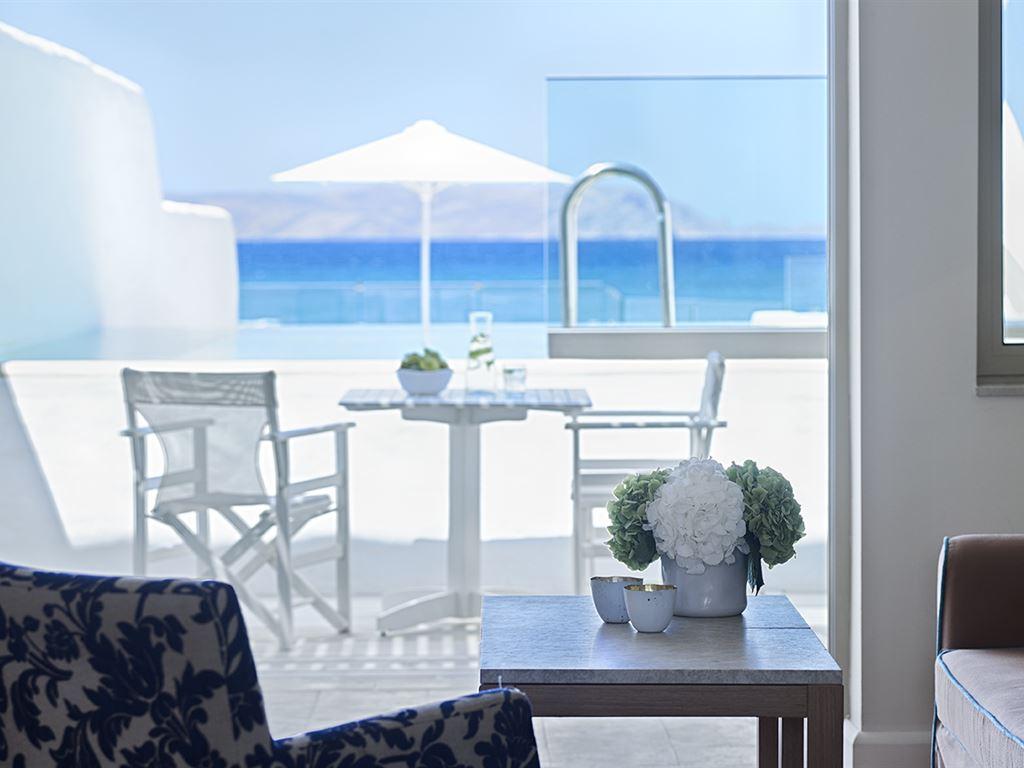 Knossos Beach Bungalows: Suites & Villas with Pool