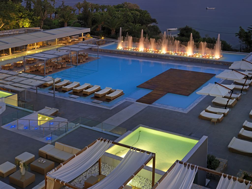 OUT OF THE BLUE, Capsis Elite Resort: Lifestyle Collection
