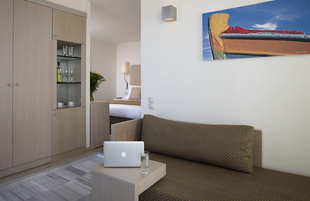 Kriti Beach Hotel: Deluxe Suite