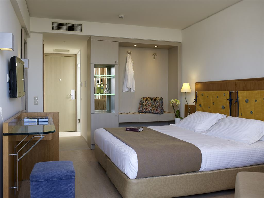 Kriti Beach Hotel: Superior Twin