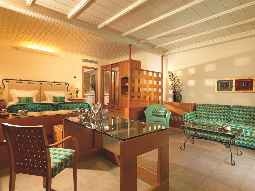 Aldemar Royal Mare Luxury Resort & Thalasso : Executive Suite Sharing Pool