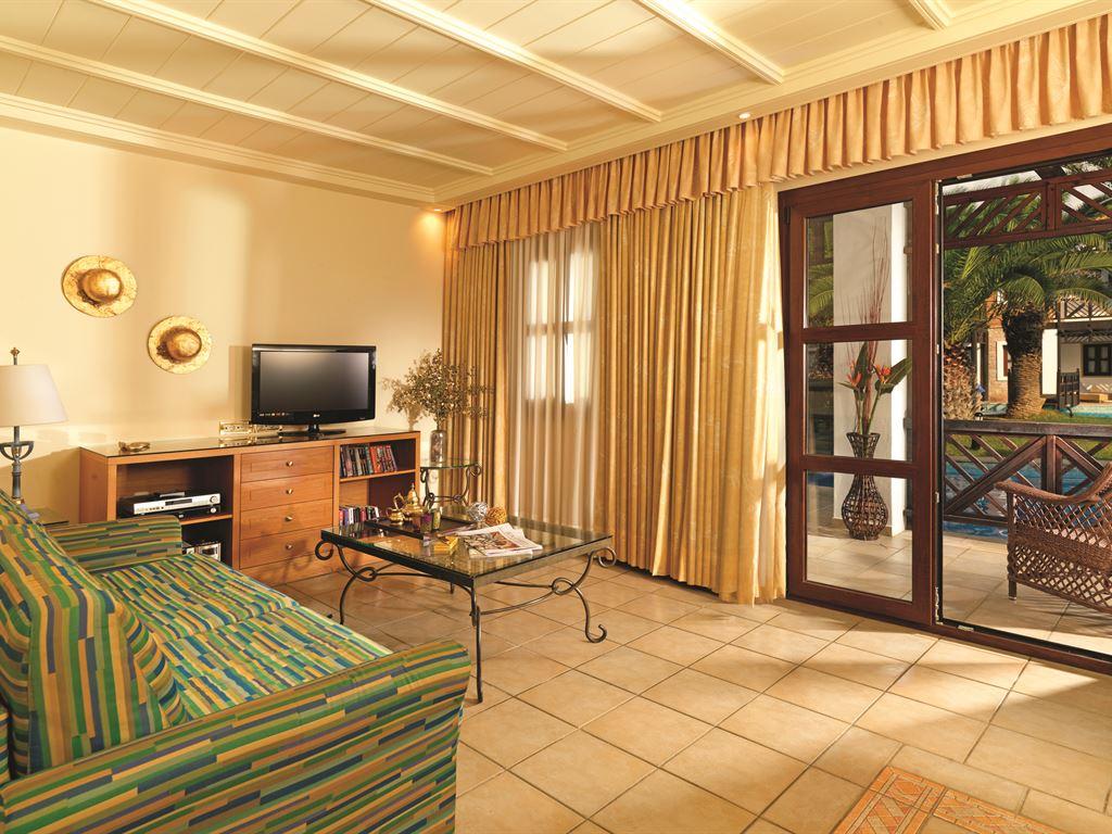 Aldemar Royal Mare Luxury Resort & Thalasso : Vip Suite Sharing Pool
