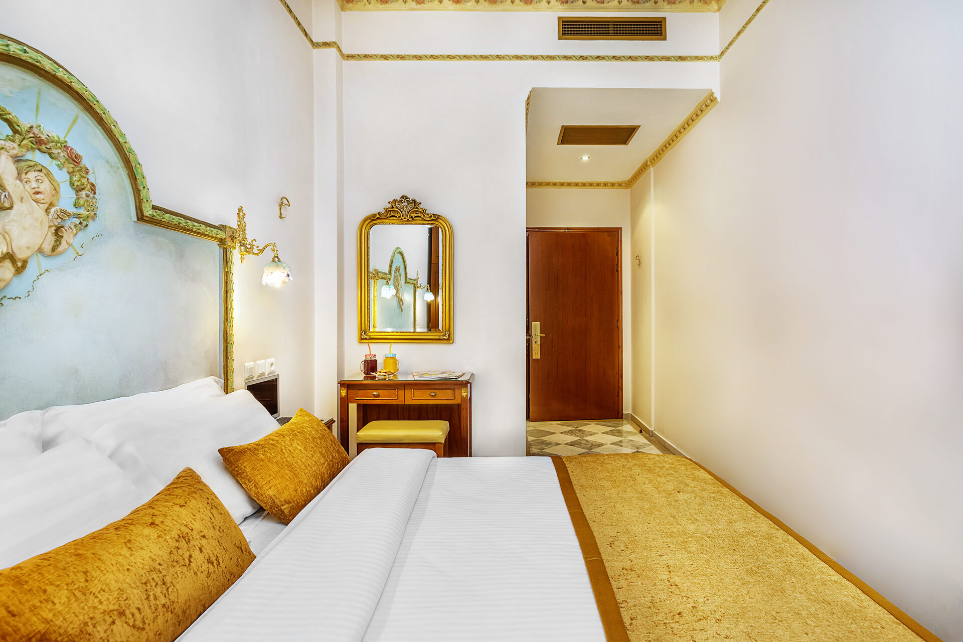 ad Imperial Palace Hotel Thessaloniki : Doubles Standard Backyard
