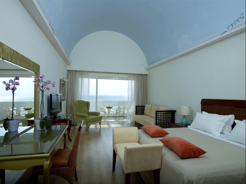 Atrium Prestige Thalasso Spa Resort & Villas: Deluxe Junior SV