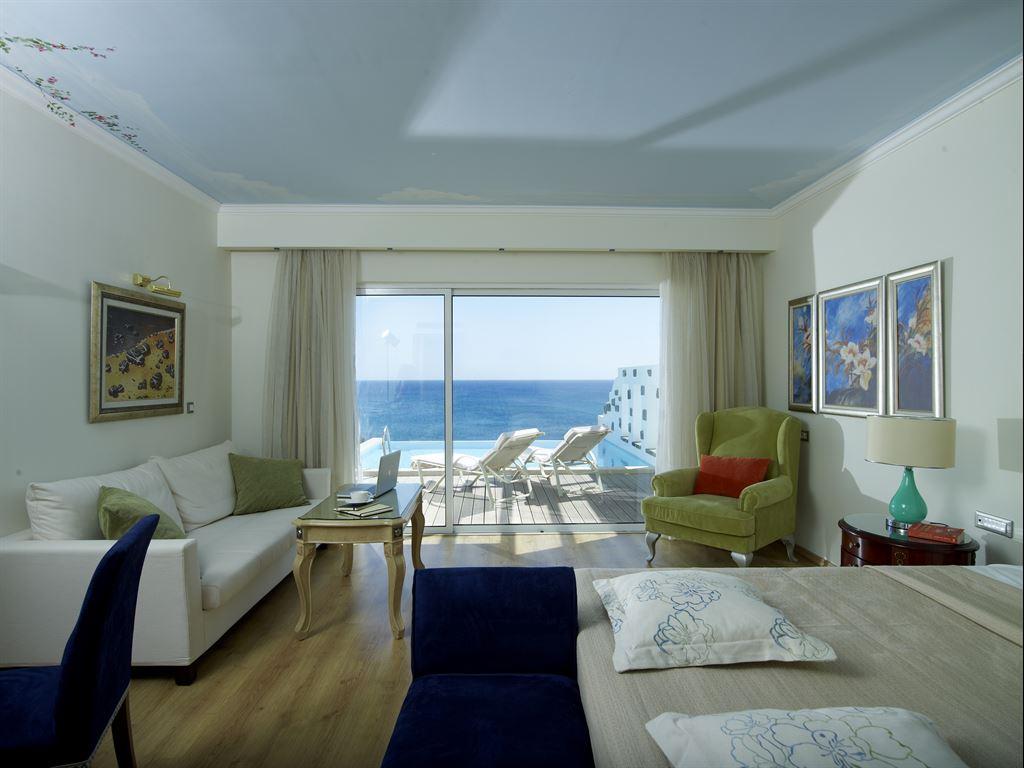 Atrium Prestige Thalasso Spa Resort & Villas: Prestige Junior Bgl with Pool