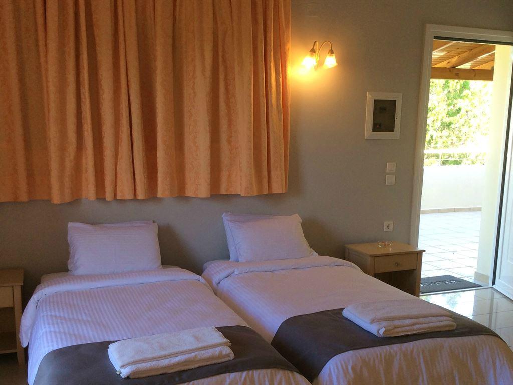 Elea Beach Hotel: Bungalow