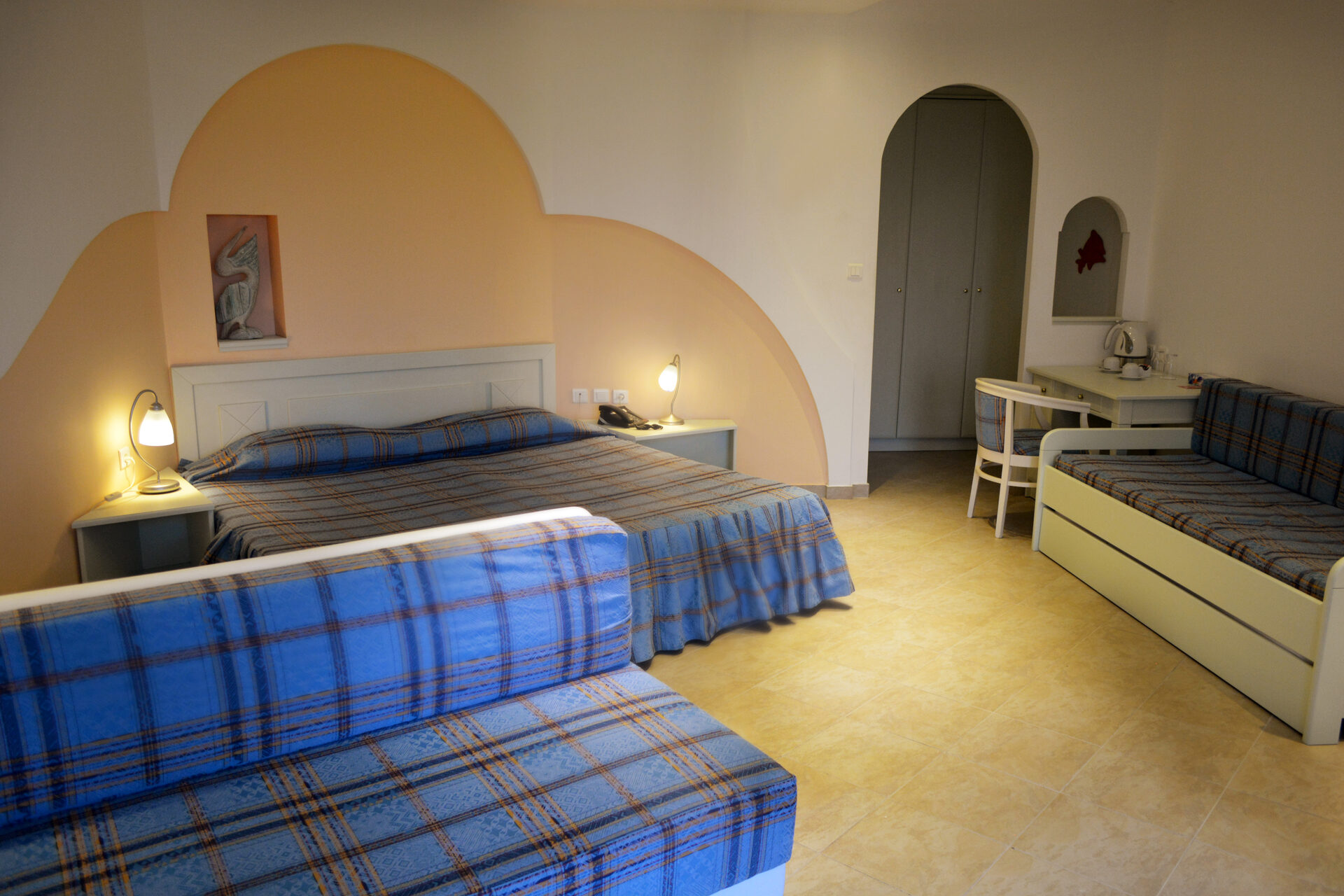 Alexandros Palace Hotel & Suites: Family SV