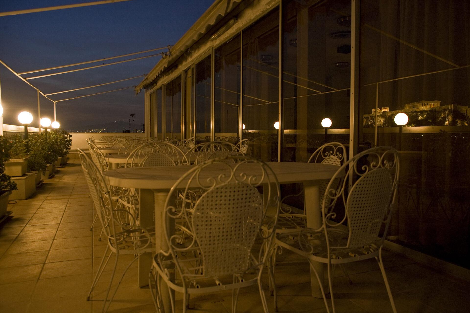 Arethusa Hotel: Terrace