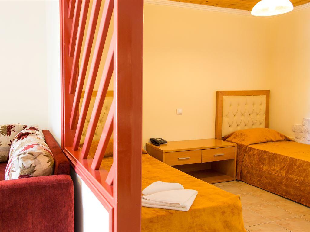 Village Mare: Apartment B
