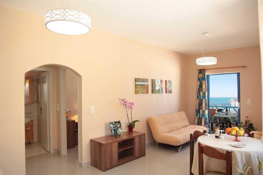 Tsalos Beach Hotel