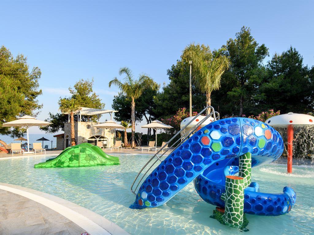 Portes Beach Hotel: Splash Pool