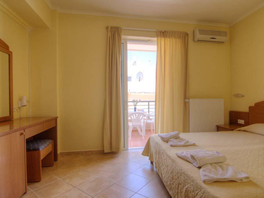 Krini Beach: Superior Double Room