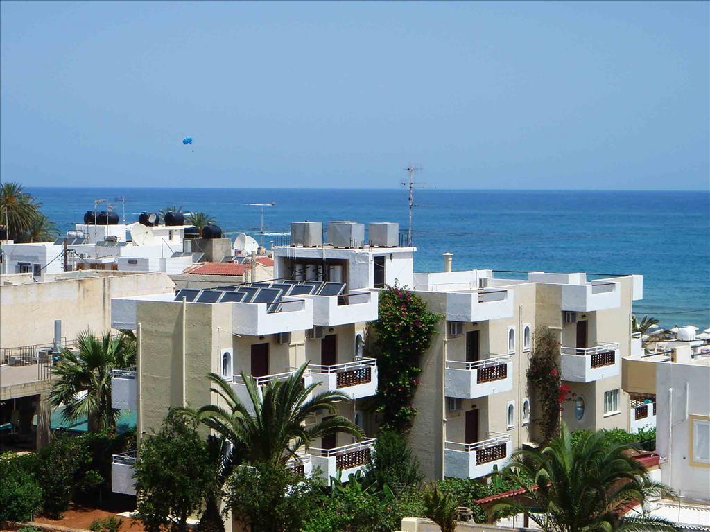 Smaragdine Beach Hotel