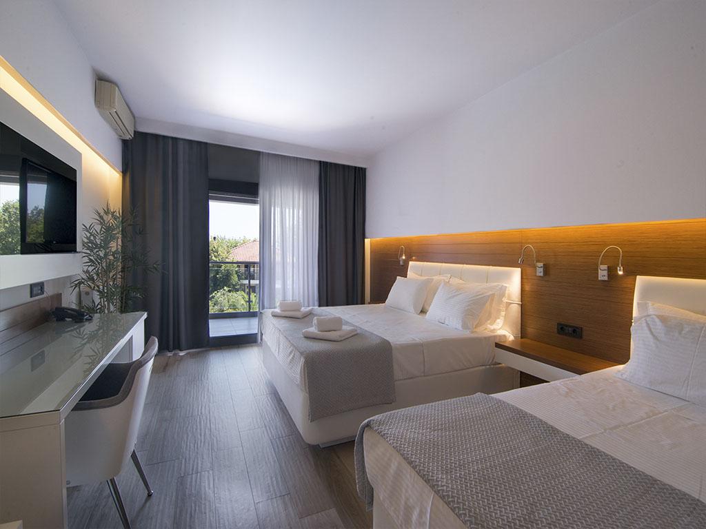 San Panteleimon Beach Hotel: Executive Room