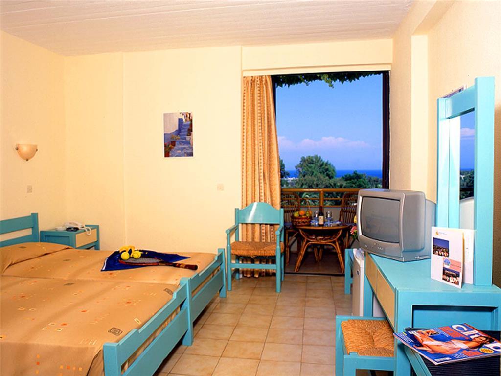 Kalithea Sun & Sky Hotel : Double Room