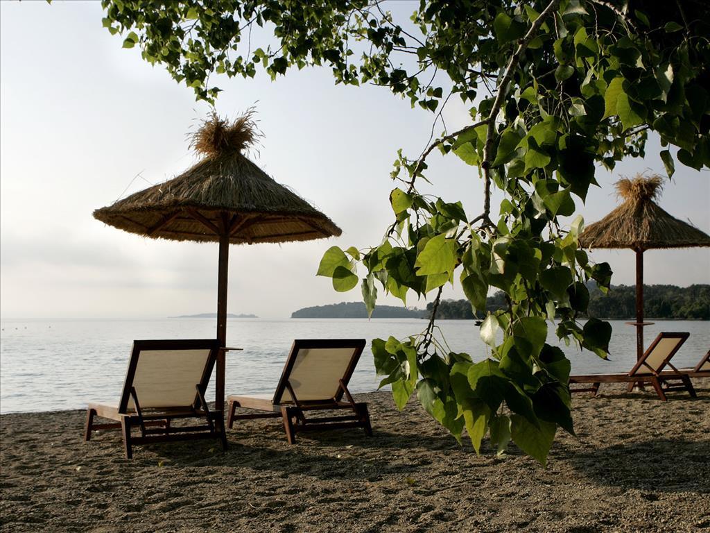 Corfu Chandris Hotel & Villas : Beach area