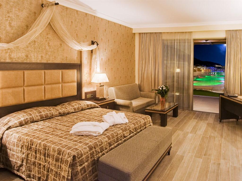 La Marquise Luxury Resort Complex: Junior Suite